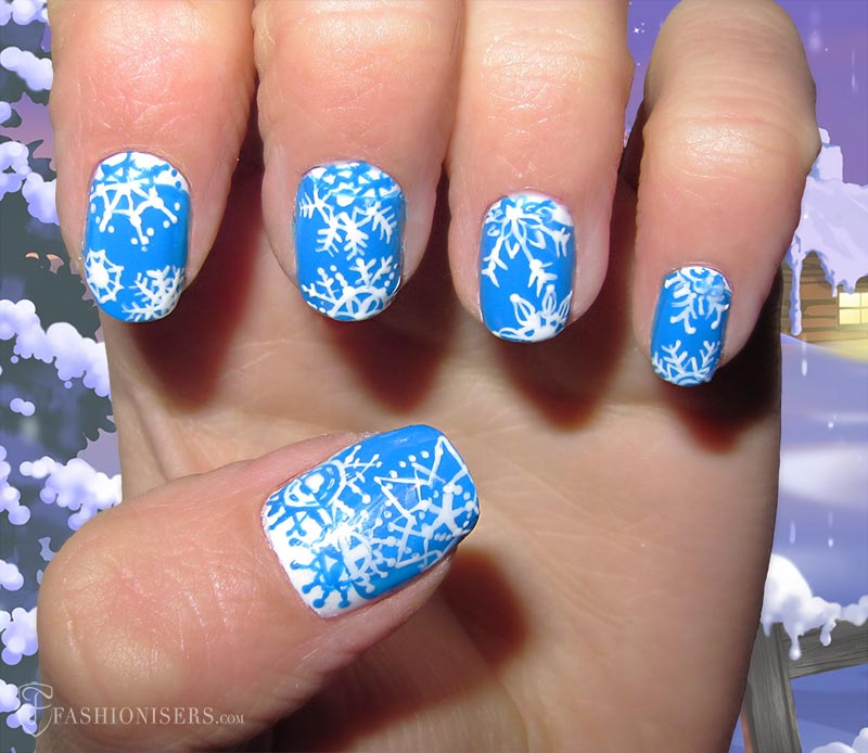 19 Unique Holiday Nail Art Designs: Snowflakes Nails