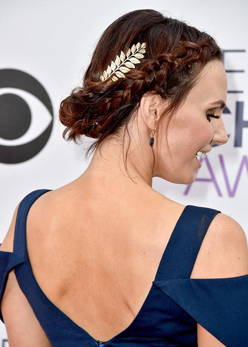 People's Choice Awards 2015 Hairstyles: Keltie Knight Braided Updo