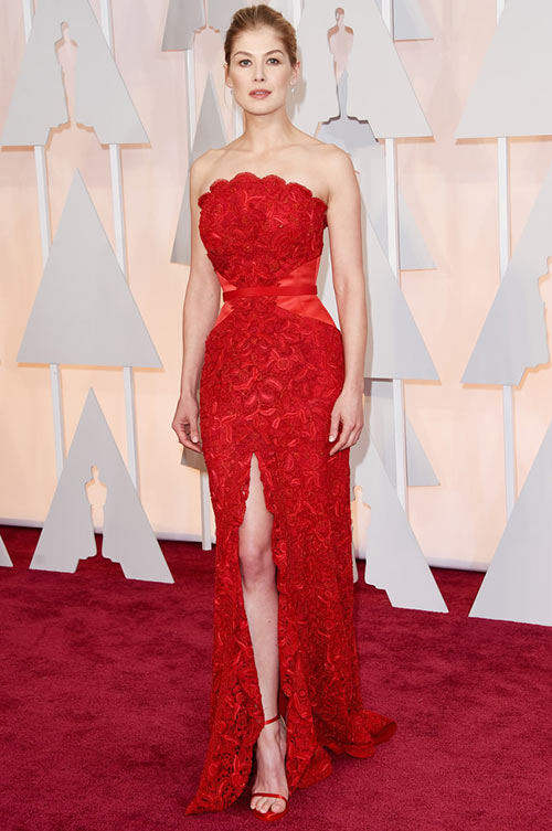 2015 Oscars Red Carpet Fashion: Rosamund Pike