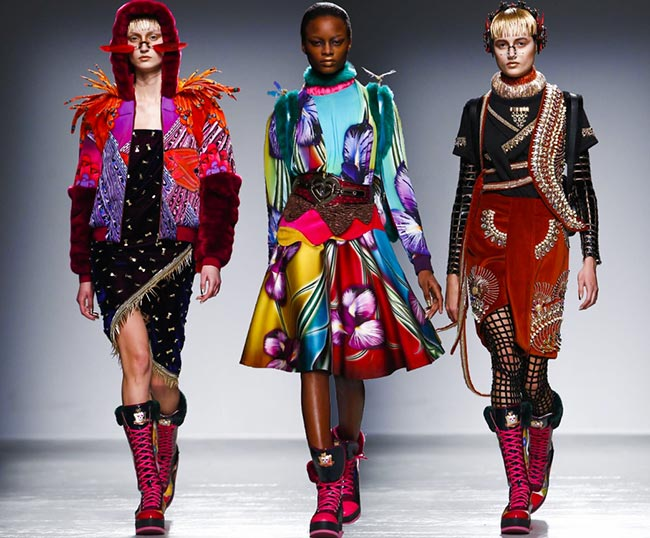 Manish Arora Fall/Winter 2015-2016 Collection - Paris Fashion Week