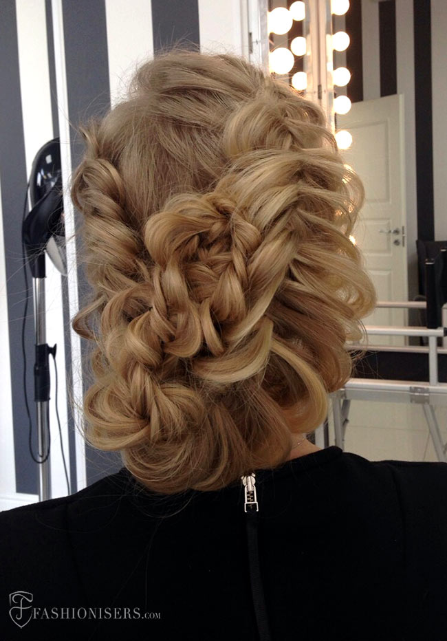 5 Pretty Braided Hairstyles for Prom: Romantic Messy Braided Updo