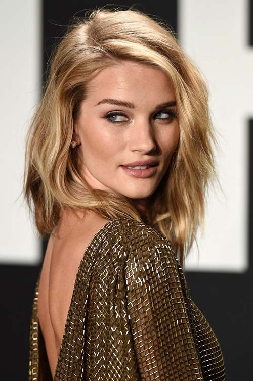10 Shoulder-Length Layered Hairstyles: Rosie Huntington Whiteley