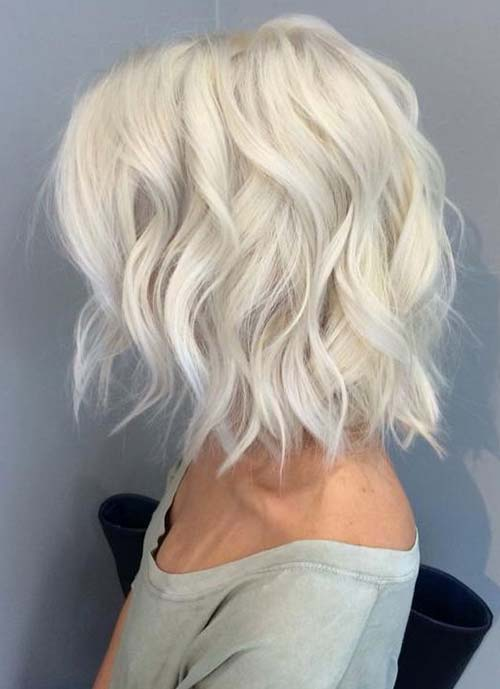 Short Hairstyles for Women: Targaryen Bob