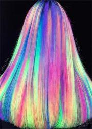 glow-in-dark hair - glowing