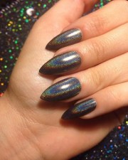 diy metallic manicure