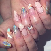 beautiful & trendy nail design