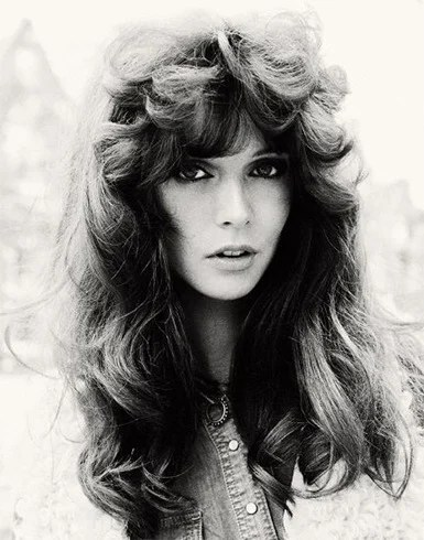 We Want The 70s Hair Styles Back Ways To Master The Fringes