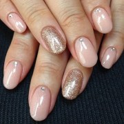 spoil with nail art