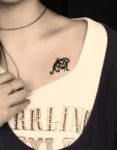 Tattoos For Girls On Neck
