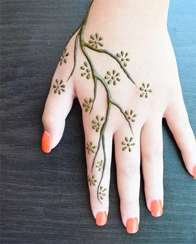 Simple And Easy One Finger Mehndi Design