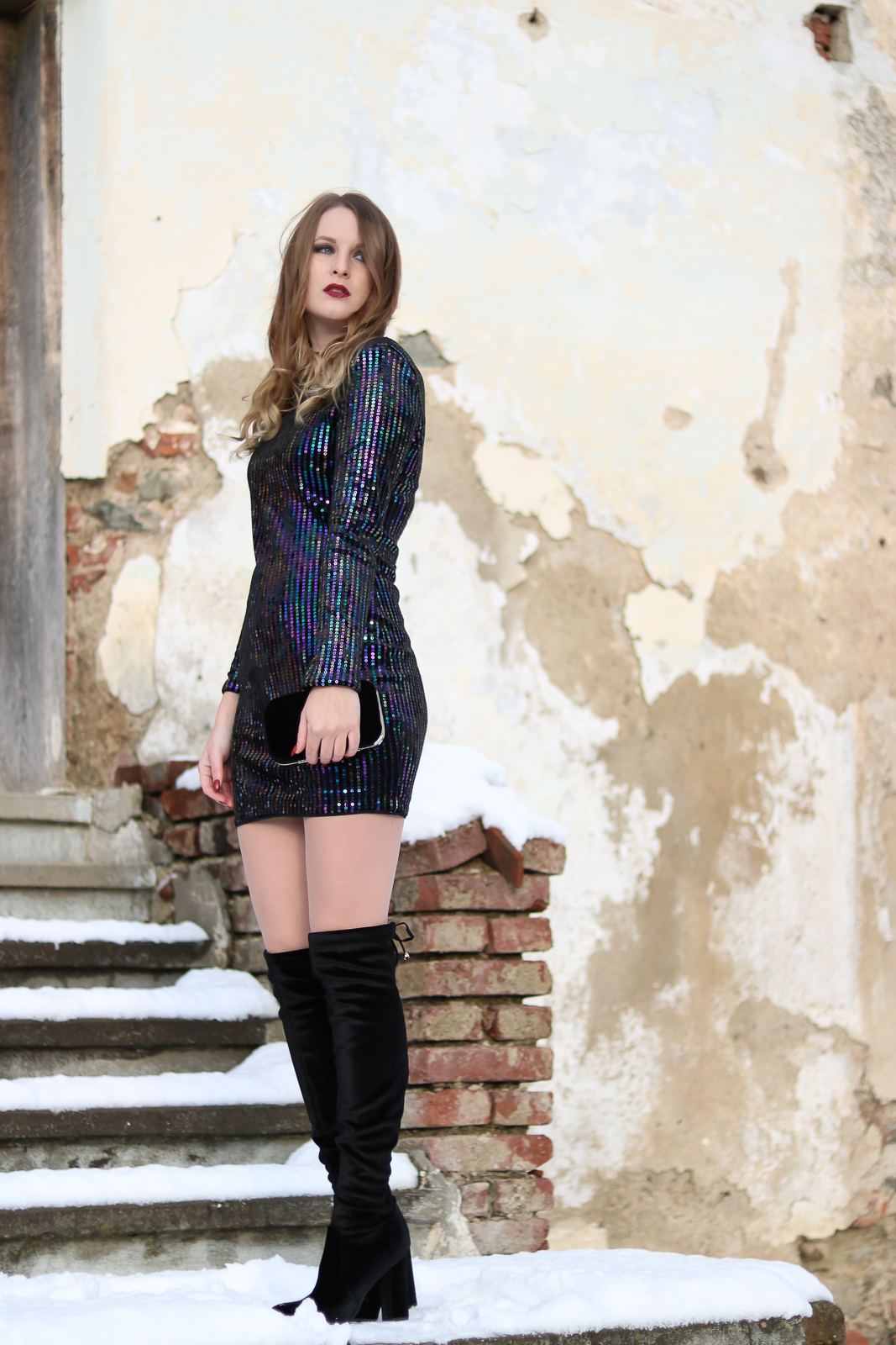 4 Styles 4u Silvester Outfit  Paillettenkleid und Overknees  Fashionladyloves