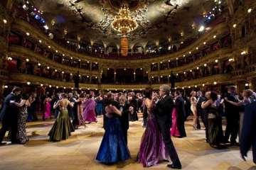 Ples v opeře. Zdroj: Ona.idnes.cz