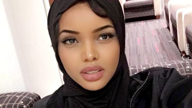 relationship-with-her-mother Young Halima Aden First Usa Hijab Wearing to Miss Minnesota Young Halima Aden First Usa Hijab Wearing to Miss Minnesota relationship with her mother