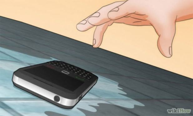 Expel the Telephone from Water How to Save Water on the Phone? How to Save Water on the Phone? Expel the Telephone from Water