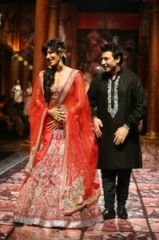 India_Bridal_Fashion_Week_Delhi_2013_-_Chitrangada_Singh_as_the_showstopper_for_Suneet_Varma_s_Collection