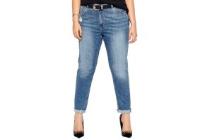 outfit jeans vita alta donna a clessidra