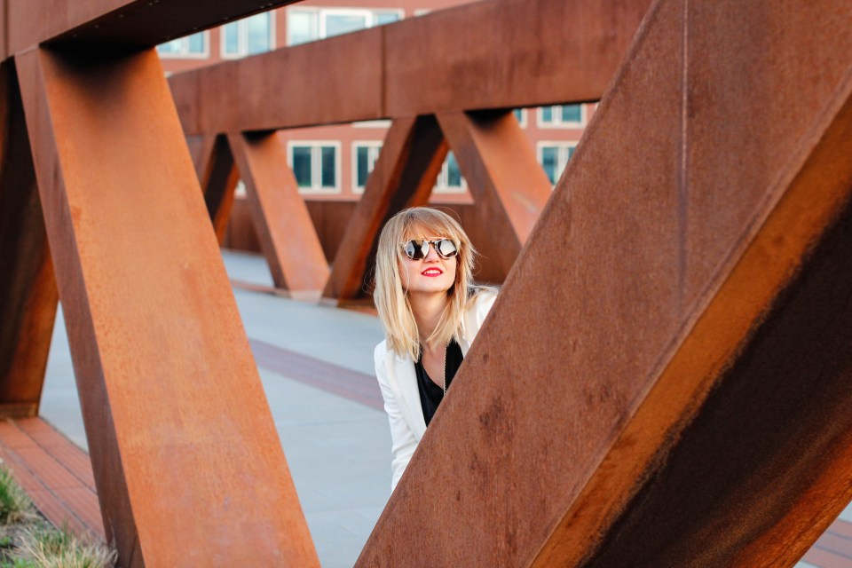 Edgy Look on the Highline in Lowlands