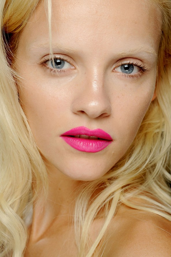 Neon Lips Summer 2013 Makeup Trends