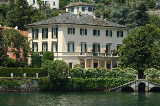 Celebrity Vacation Homes- George Clooney Lake Como Villa