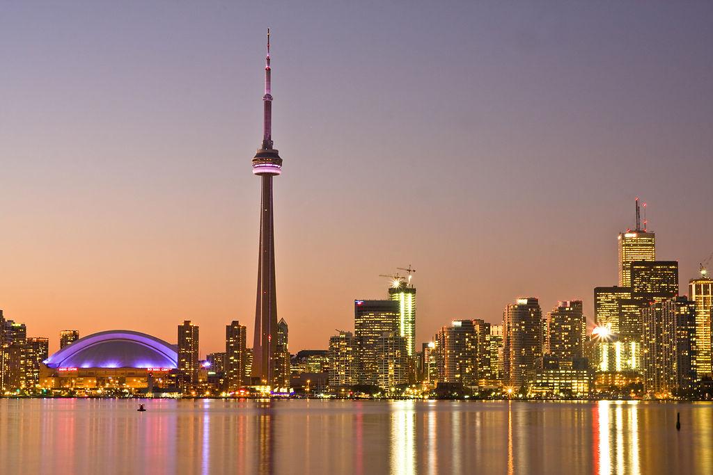 1024px-Toronto_at_Dusk_-a
