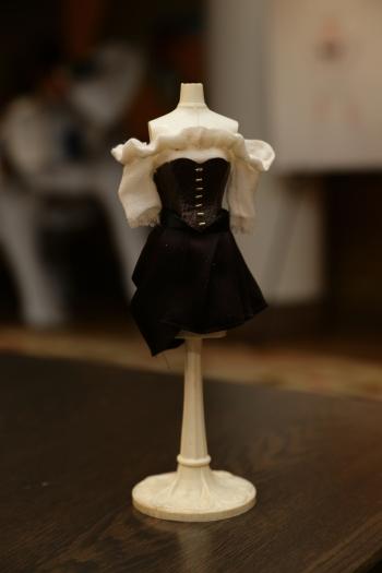Zarina's Piraten-Kostüm in Feengröße (Walt Disney Pictures)