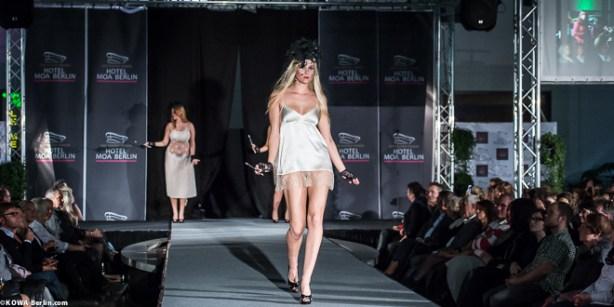 Körpernah Dessous Modenschau - Luxus auf Deiner Haut-4535