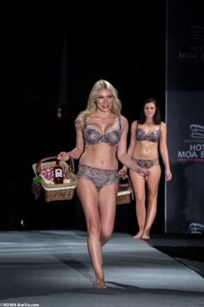 Körpernah Dessous Modenschau - Luxus auf Deiner Haut-5085
