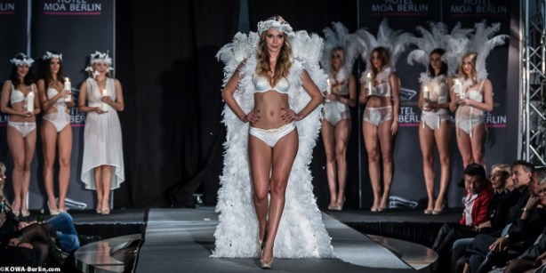 Körpernah Dessous Modenschau - Luxus auf Deiner Haut-6339