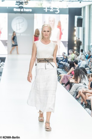 Mall-of-berlin-2016-big berlin fashion show-6123