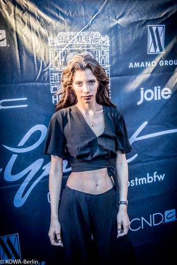 Lara Antonia Heimer GNTM Fashion Week