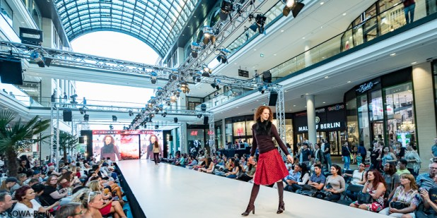 VOGUE FASHION'S NIGHT OUT BERLIN 2016 MALL OF BERLIN