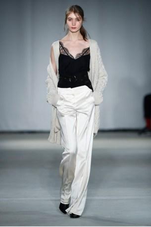 Dorothee Schumacher-Mercedes-Benz-Fashion-Week-Berlin-AW-17-69488