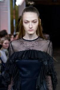 Lana Müller-Mercedes-Benz-Fashion-Week-Berlin-AW-17-0369
