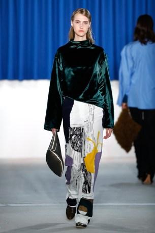 PERRET SCHAAD-Mercedes-Benz-Fashion-Week-Berlin-AW-17-70347