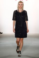 RIANI-Mercedes-Benz-Fashion-Week-Berlin-AW-17-69766