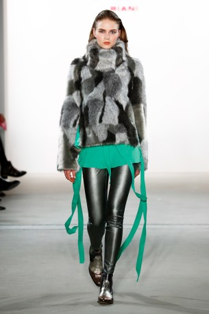 RIANI-Mercedes-Benz-Fashion-Week-Berlin-AW-17-69800
