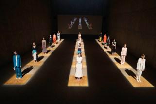 BOSS Womenswear Gallery Collection Presentation 2017-Mercedes-Benz-Fashion-Week-Berlin-SS-18-10