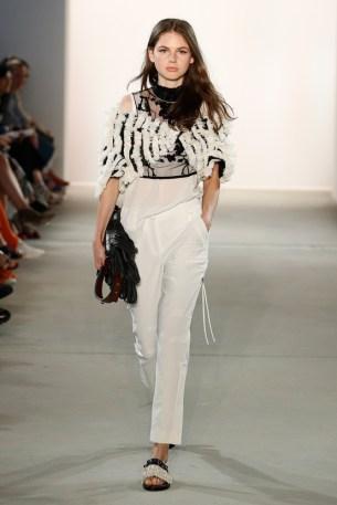 DOROTHEE SCHUMACHER-Mercedes-Benz-Fashion-Week-Berlin-SS-18-72669