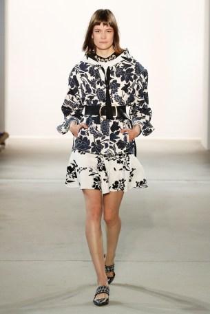 DOROTHEE SCHUMACHER-Mercedes-Benz-Fashion-Week-Berlin-SS-18-72682