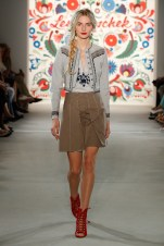 LENA HOSCHEK-Mercedes-Benz-Fashion-Week-Berlin-SS-18-71712