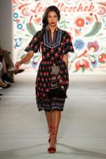 LENA HOSCHEK-Mercedes-Benz-Fashion-Week-Berlin-SS-18-71738