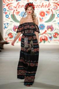 LENA HOSCHEK-Mercedes-Benz-Fashion-Week-Berlin-SS-18-71741