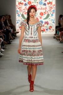 LENA HOSCHEK-Mercedes-Benz-Fashion-Week-Berlin-SS-18-71753