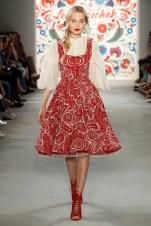 LENA HOSCHEK-Mercedes-Benz-Fashion-Week-Berlin-SS-18-71758