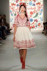 LENA HOSCHEK-Mercedes-Benz-Fashion-Week-Berlin-SS-18-71759