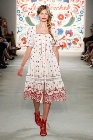 LENA HOSCHEK-Mercedes-Benz-Fashion-Week-Berlin-SS-18-71761