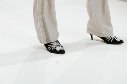 RIANI-Mercedes-Benz-Fashion-Week-Berlin-SS-18-047