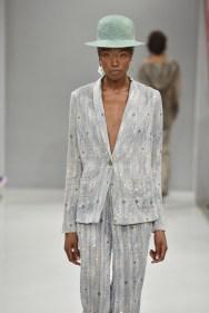 RIANI-Mercedes-Benz-Fashion-Week-Berlin-SS-18-049