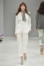 RIANI-Mercedes-Benz-Fashion-Week-Berlin-SS-18-067