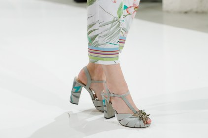 RIANI-Mercedes-Benz-Fashion-Week-Berlin-SS-18-071